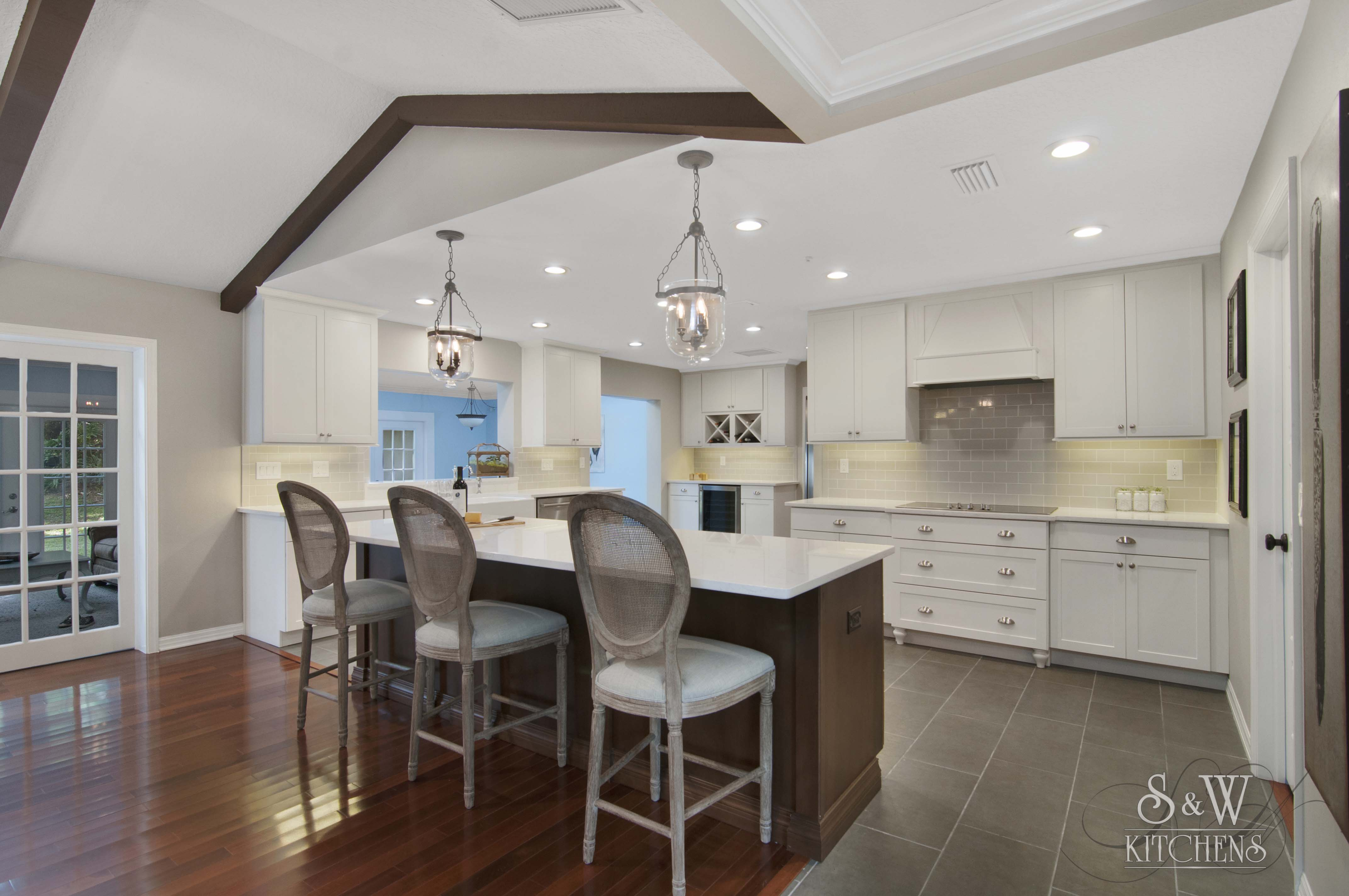 brignac_kitchen_002.jpg